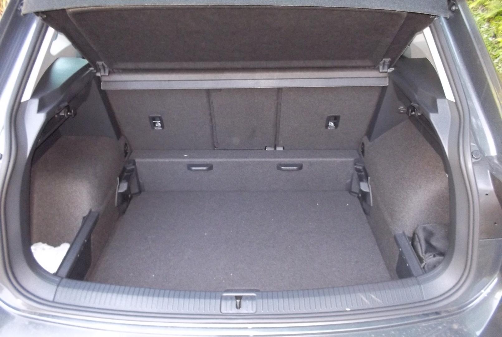 volkswagen tiguan 2 0tdi 115ch. Black Bedroom Furniture Sets. Home Design Ideas